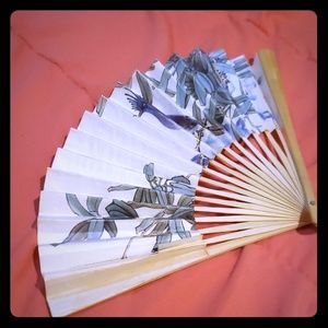 Accessories - Beautiful Paper Fan